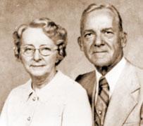 Leola & Glenn Commons